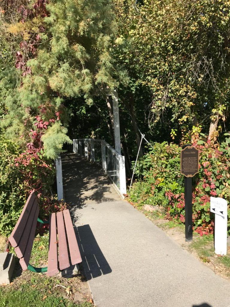 footbridge Cole Park